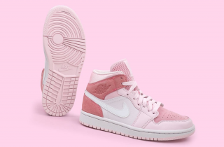 Air Jordan 1 Mid Digital Pink